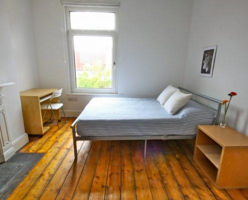 Bedroom 6 bed student house Bristol