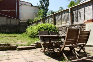 Garden 8 Bed House Redland