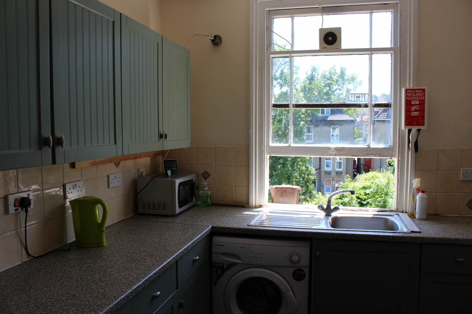 Kitchen 5 Bed House Clifton
