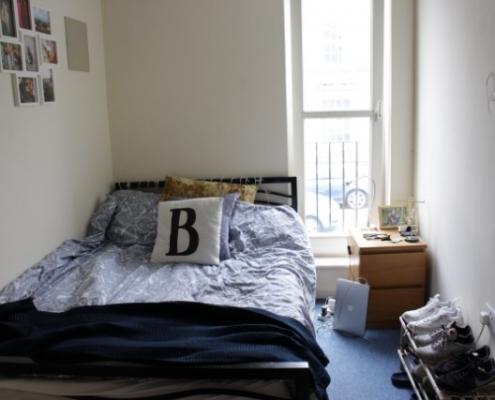 4 double bedroom flat bedroom 1