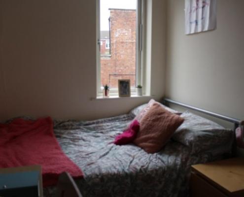4 double bedroom flat bedroom 3
